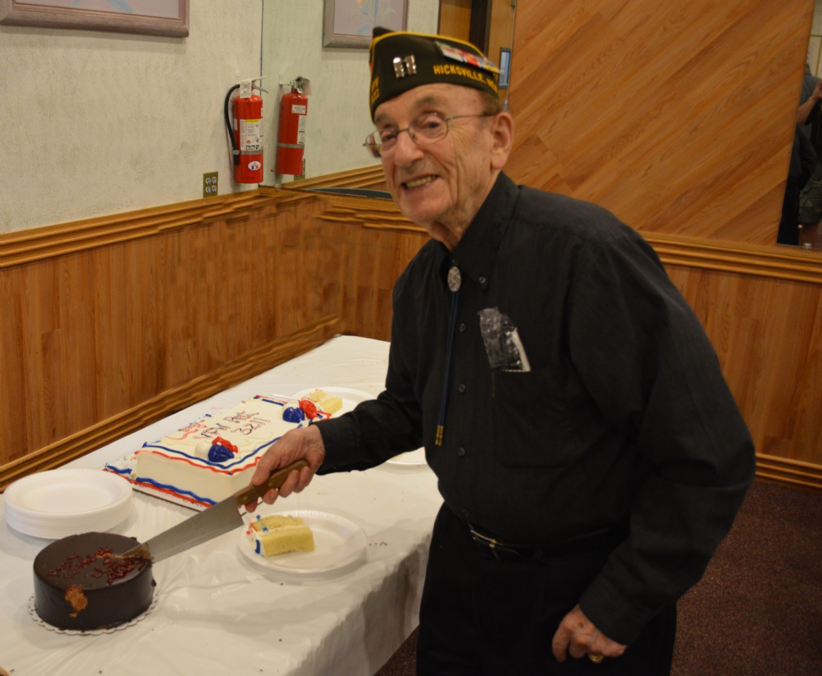Our oldest Army member, Jack Hayne - 93, cutting the Army cake